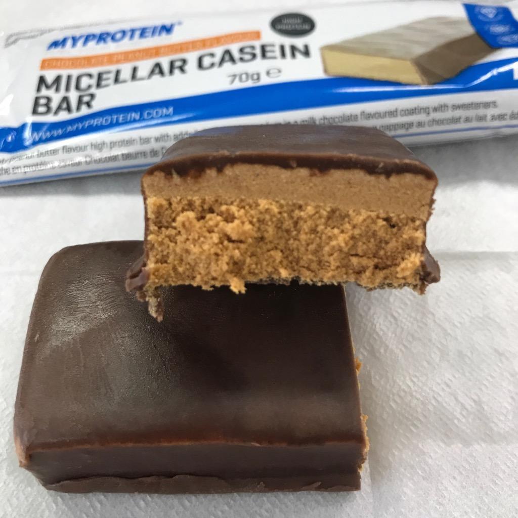 マイプロテインのミセルカゼインバー チョコレートピーナツバター味